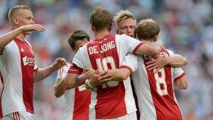 El Ajax gana y es líder provisional de la Eredivisie