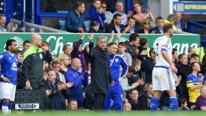 Mourinho achaca el pésimo comienzo del Chelsea a la mala suerte