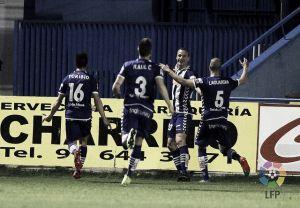 El Deportivo Alavés conquista Santo Domingo