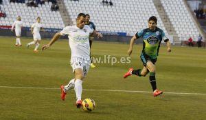 Rubén Cruz deja los tres puntos en el Belmonte