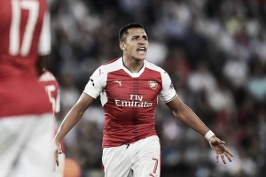 Paris Saint-Germain 1-1 Arsenal: Alexis gifts the Gunners a point late on in Paris