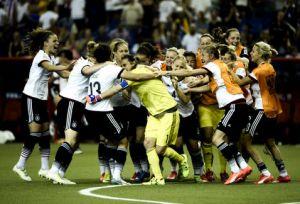 Angerer mete a Alemania en semifinales
