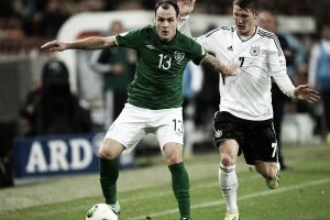 Resultado Alemania vs Irlanda en Eliminatoria Eurocopa (1-1)