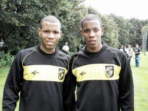 Los gemelos Santos da Vitória vuelven a Brasil