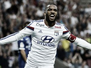 Roma reportedly amongst many clubs targeting Lacazette