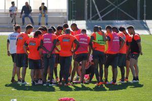 El Granada prepara su visita al Valencia con seis sesiones