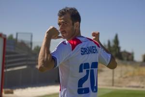 Saunier: un luchador para la zaga del Granada CF