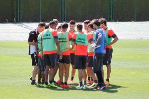 El Granada prepara con cinco entrenamientos su visita a Anoeta