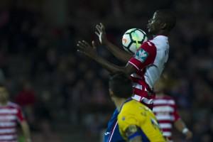 Adrián Ramos estará de baja las próximas cuatro semanas