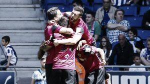 El Almería sueña con la salvación tras vencer en Cornellá