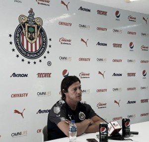 """Matías Almeyda: """"Alanís tendrá que ganarse un puesto"""""""