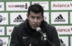 """Jorge Almirón: """"Siempre es lindo ganar y regalar ese esfuerzo a la gente que nos vino a acompañar"""""""