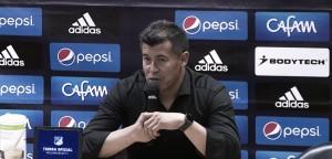 """Jorge Almirón: """"Me quedo tranquilo por la actitud de los jugadores"""""""