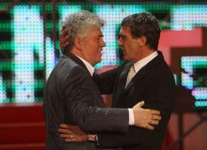 Almodóvar entregará el Goya de Honor a Antonio Banderas