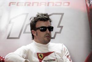 """Fernando Alonso: """"Nos concentramos en la configuración y en las temperaturas"""""""
