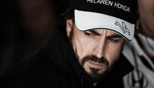"""Fernando Alonso: """"Acabar mañana con los dos McLaren sería lo mejor para nosotros"""""""