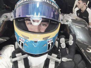 Mercedes domina los test en Austria y McLaren-Honda completa más de 100 vueltas
