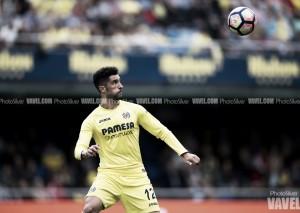Álvaro González renueva hasta 2021