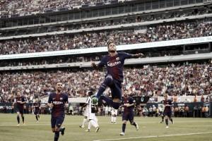 Na mira do PSG, Neymar brilha e Barcelona vence a Juventus em Nova York