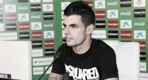"""Álex Martínez: """"Prefiero jugar mal y ganar a jugar bien y perder"""""""