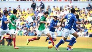 Con final agónico, Cruz Azul se impuso en el Estadio Azteca