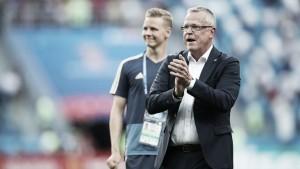 """Técnico da Suécia, Jan Andersson repudia uso do VAR após pênalti: """"Situação era clara"""""""