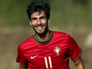 André Gomes no disputó ningún minuto contra Bulgaria