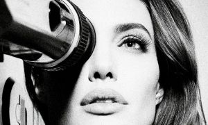 Angelina y su traslado a la dirección cinematográfica