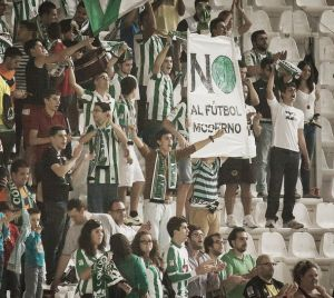 Antiviolencia sanciona a un espectador del Córdoba CF - Recreativo de Huelva