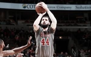 Bulls bate Cavs de virada em noite que LeBron James torna-se sétimo maior pontuador da história