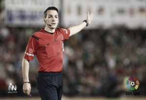 Prieto Iglesias será el árbitro del derbi andaluz