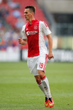 Milik brace secures three points for Ajax