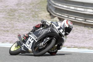 Albert Arenas se lleva una carrera de infarto en Jerez