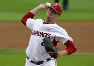 Arkansas Razorbacks Hold Off Oral Roberts At Stillwater Regional Opener