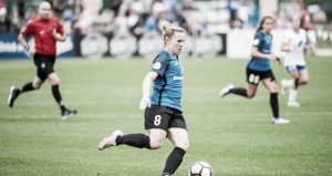 Amy Rodriguez commits to the Utah Royals
