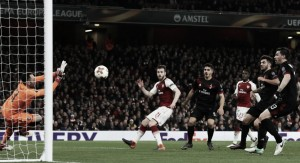 El Arsenal gana el enfrentamiento de 'grandes' de la Europa League