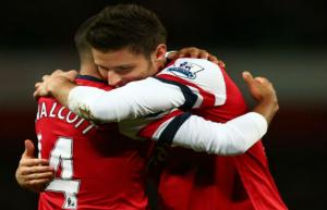Walcott and Giroud can form formidable partnership