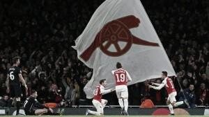 Sanchez e Ozil tengono l'Arsenal a galla: 3-0 alla Dinamo Zagabria