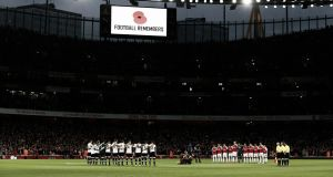 Arsenal y Tottenham empatan en un derbi lleno de emoción