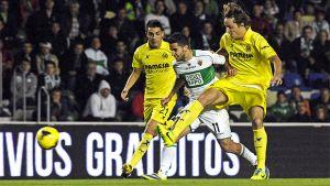 El Villarreal, con un gol de Perbet, apea de la Copa al Elche