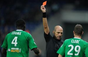 Zouma suspendu dix matchs