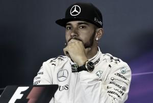 """Lewis Hamilton: """"Ves el campeonato que se aleja"""""""