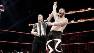 """Sami Zayn: """"Sería un sueño ganar los títulos por parejas con Kevin Owens"""""""