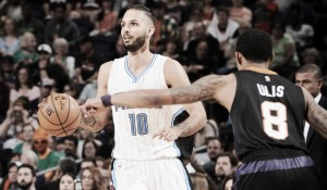 Orlando Magic vence Phoenix Suns no duelo de desesperados da NBA