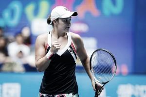 WTA Wuhan: Ashleigh Barty ousts Agnieszka Radwanska in three sets