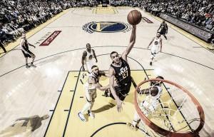 Jazz vence e encerra sequência de 14 vitórias consecutivas dos Warriors