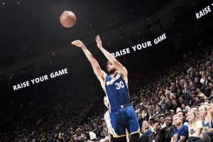 Stephen Curry brilha e Warriors atropelam Wizards