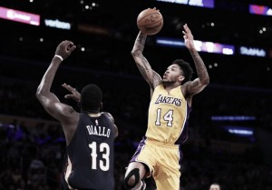 Lakers vence os Pelicans e chega a cinco vitória consecutiva