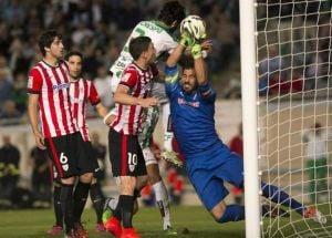 El Córdoba jugó como nunca y perdió como siempre