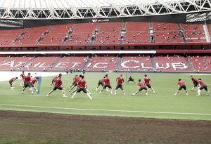El Athletic se entrena en San Mamés